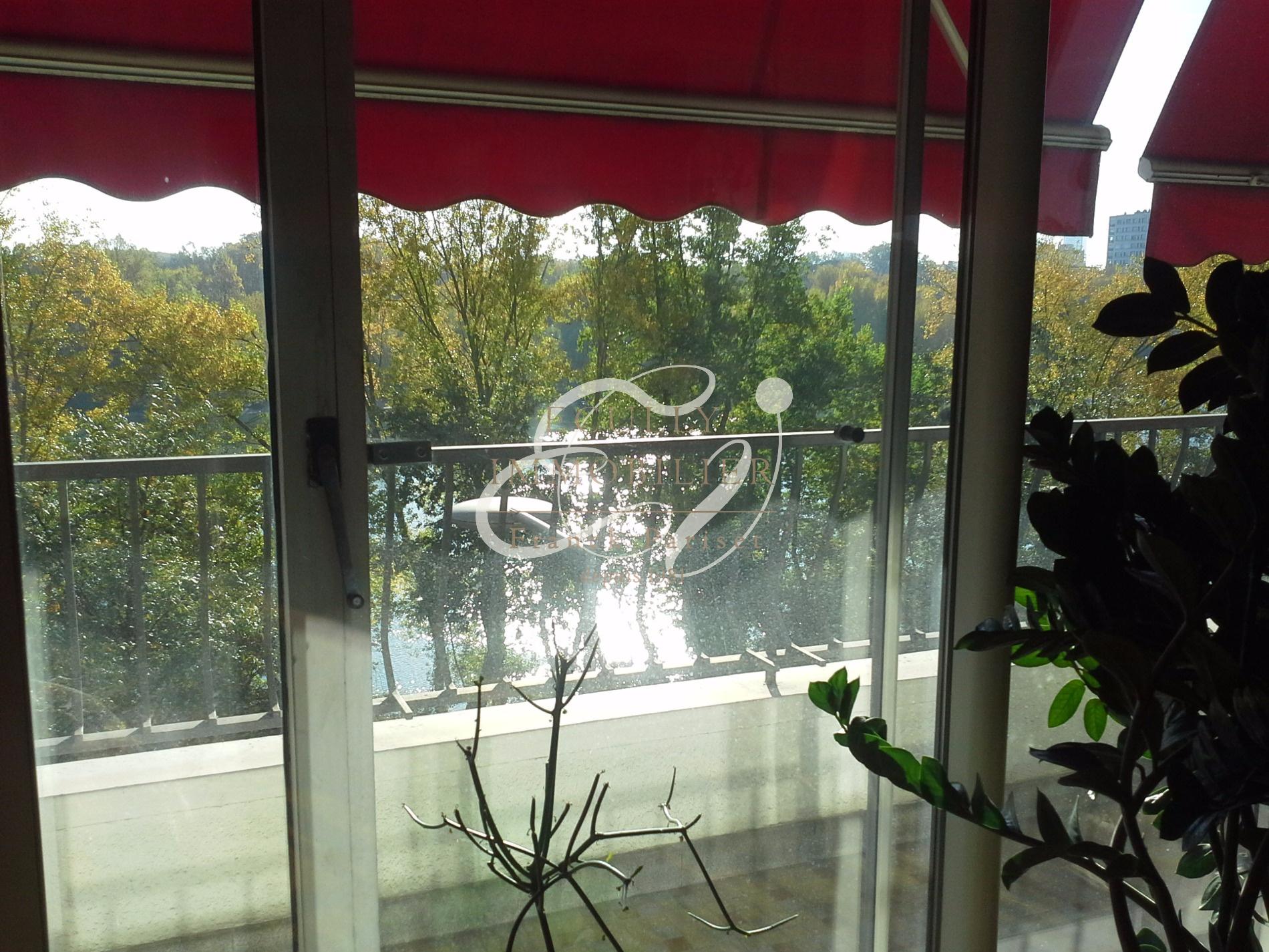 Vente vente ecully 69130 maison 4 chambres for Acheter maison ecully